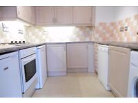 **MODERN THREE BED FLAT**SOUTH CROYDON**VIEW TODAY**