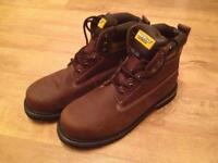 Two pairs of size 10 safety boots (Brand new)