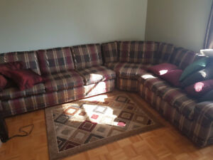 Large Sectional Couch with bed great condition cleaned (6+ Perso