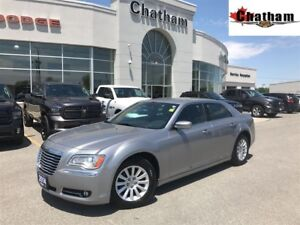 2014 Chrysler 300 Touring/ UCONNECT W/ BLUETOOTH/$63 WKLY