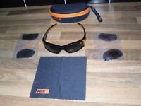 FOX SUNGLASSES CHANGEABLE LENSES IN FOX POUCH