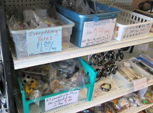 Five more kilos of buck-a-bag jewelry, lots more at 50c/bag now