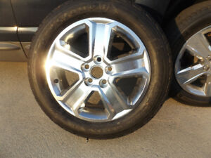 Alloy wheel and tire