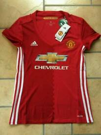 Manchester United Ladies Top / Size: Small (8-10)