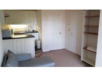 1 bedroom furnished flat Iona Street, Edinburgh