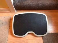 Kensington Solemate Adjustable Footrest x 1
