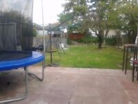 2 DOUBLE BEDROOM FLAT GROUND FLOOR WITH GARDEN AND DRIVE WAY PARKING AT BELMONT CIRCLE