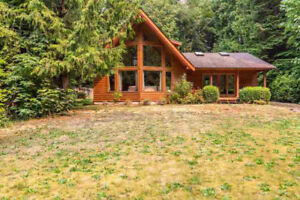Roberts Creek House for sale:  4 bedroom 2,202 sq.ft.