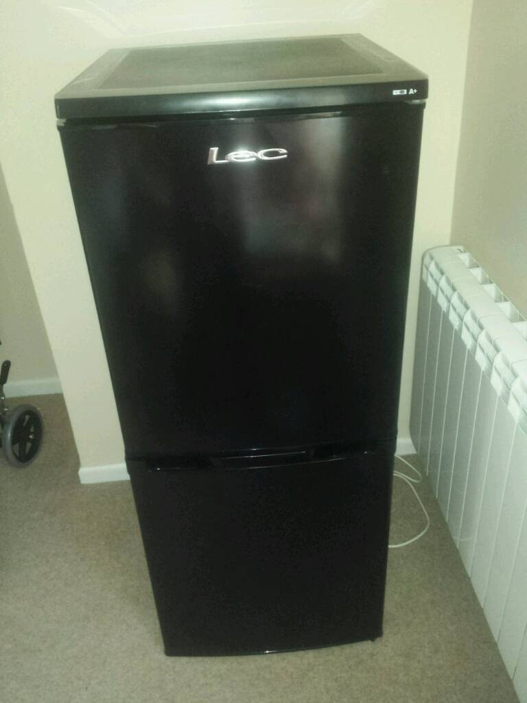 Lecture fridge freezer