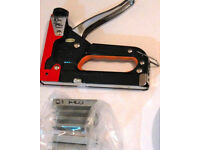 stapler (metal) heavy duty with bunch of staples included £7