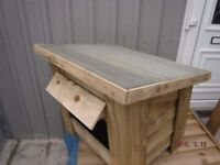 out door Cat box or small Dog kennel's