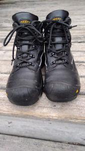 Keen Utility Louisville 6'' steel toed boots.