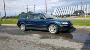 2004 VOLKSWAGEN PASSAT. W8. 4MOTION. SAFETIED AND ETESTED.