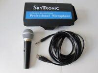 SKYTRONIC DYNAMIC MICROPHONE