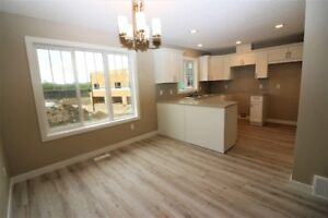3 Bed, 2.5 Bath, 2 car townhome - 10 mins from Sherwood Park