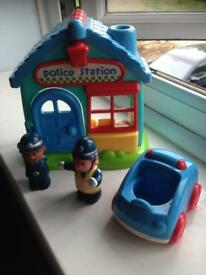 Happyland police station set