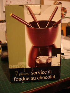 FONDUE FOR CHOCOLATE IN WHITE COLOR