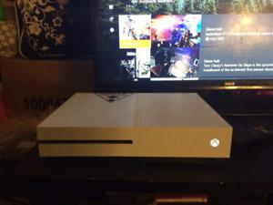 White xbox one s 2TB