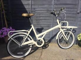 Women's 'Bobbin Shopper' bicycle