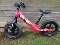 Strider 12 Classic No-Pedal Balance Bike (Red)