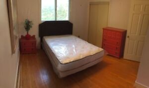 Student Room Female Only - Don Mills and Steeles $600/month