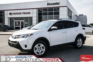2015 Toyota RAV4 LE - UPGRADE PACKAGE WITH ONLY 32521 KMS!!
