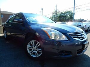 2010 Nissan Altima 2.5 SL   LEATHER.ROOF    ONE OWNER