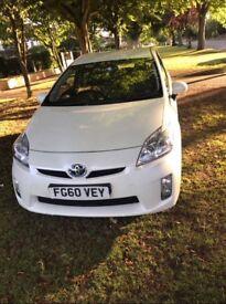 White Toyota Prius 1.8 VVT-I Hybrid T4 CVT 5dr