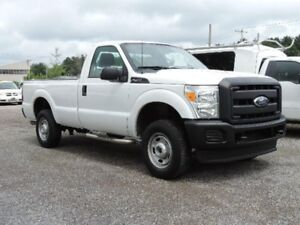 2011 Ford F-250 XL 4X4 COMME NEUF!