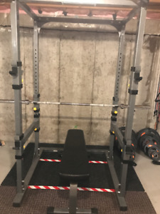 Powerlifting cage and equipment
