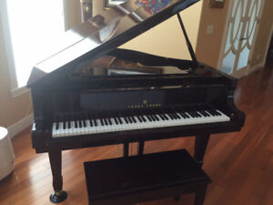 Young Chang baby grand piano, excellent condition, only 7,900!!