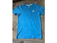 Nike tshirt small men's - worn once