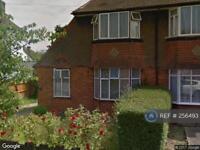 3 bedroom house in Rosecroft Walk, Pinner, HA5 (3 bed)