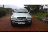 Reliable 4 wheel drive Kia Sorento. Great towing vehicle for horsebox or large trailers.
