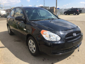 2009 Hyundai Accent Coupe (2 door) low km inspected car