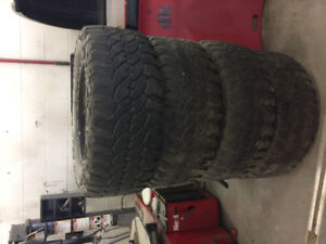 F350 diesel truck rims and tires 35x12.5r20
