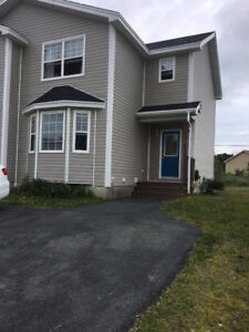 4 bedroom Duplex for rent close to Mun and Major amenities