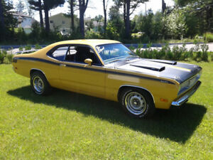 PLYMOUTH DUSTER 1971 MOTEUR 340 WEDGE