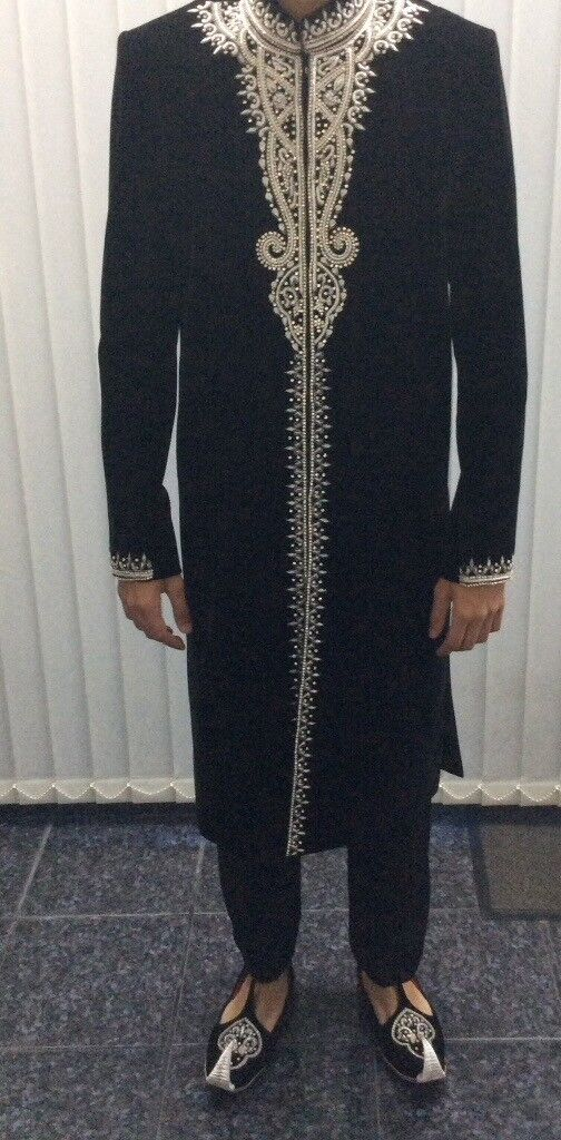 Sherwani black + free shoes/kussa