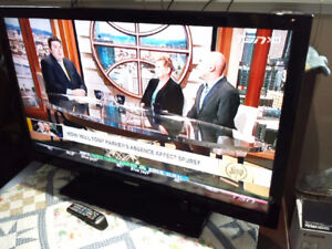 SAMSUNG 46'' LCD 1080p /IMMACULATE/PERFECT PIC/REMOTE