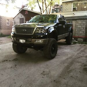 Lifted f150 Lariate