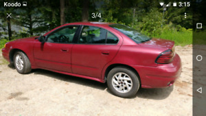 2005 Grand am (low kms)
