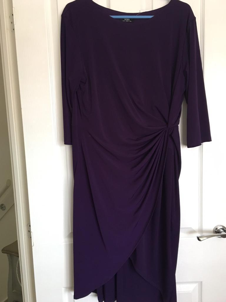Purple dress BRAND NEW WITH LABEL Size 20in Shirebrook, NottinghamshireGumtree - Wallis wrap dress flattering styleBrand new label still attachedSize 20Purple