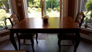 Kitchen / Dining Room Set plus Counter Height Chairs
