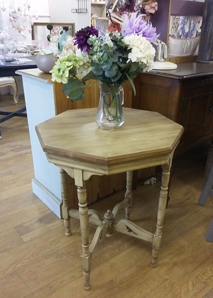 BEAUTIFUL SHABBY CHIC COUNTRY CREAM DISTRESSED RUSTIC SIDE TABLE LAMP PLANTin Tamworth, StaffordshireGumtree - Here we have a stunning solid wood rustic shabby chic country charm occasional table. This has been lovingly refurbished by B here at B Unique. Painted in a lovely cream which then has been distressed and dark waxed for that beautiful Antique patina....