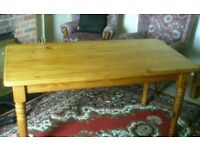 Solid pine farmhouse dining table, plus 4 free pine chairs