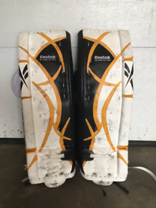 Complete set of goaltender equipment for sale