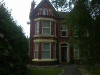 GROUND FLOOR FLAT IN A DETACHED HOUSE L15 5AD