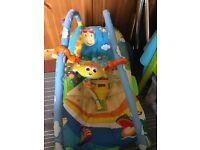 Tiny love bouncy chair