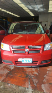red dodge caravan stow and go 2009